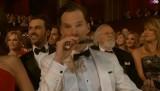 Oscary 2015. Benedict Cumberbatch popijał whisky, Lopez żuła gumę [WPADKI, CIEKAWE MOMENTY]