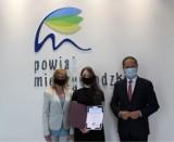 Powiat Międzychodzki: Mieszkańcy nagrodzeni za wybitne osiągnięcia w sporcie i kulturze [ZDJĘCIA]