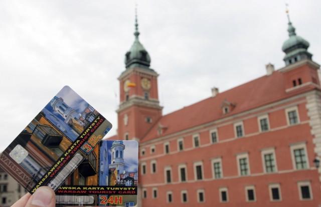 Karta Turysty była wprowadzana z różnym skutkiem w niektórych polskich miastach, między innymi w Warszawie (na zdjęciu) i Gdańsku, gdzie okazała się największym sukcesem.