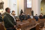 W katedrze Chrystusa Króla w Katowicach pustki. Wierni zrezygnowali z niedzielnej mszy
