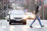 Ludzie nadal boją się o swoje życie, kierowcy nie zwalniają. Kiedy coś się zmieni na ulicy Sulechowskiej?