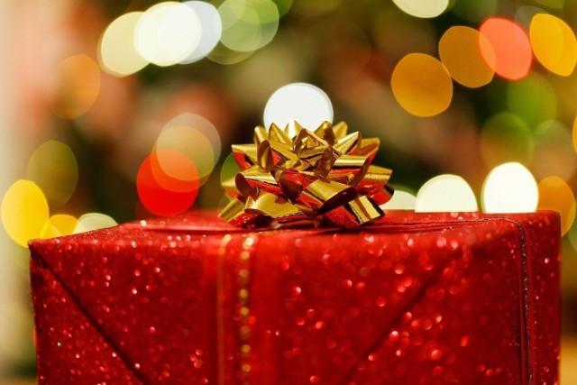 AGD to znakomity pomysł na prezent na święta. Szeroki asortyment z pewnością pozwoli na dobranie odpowiedniego podarunku ukochanej osobie.