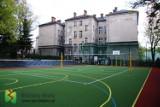 Po 40 latach bielska szkoła doczekała się nowiutkiego boiska [ZDJĘCIA]