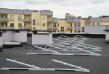 Mieszkańcy będą mieli prąd z dachu. Spółdzielnia montuje panele słoneczne na blokach w Gorzowie