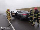 Pożar samochodu w Bluszczowie! Straty blisko 150 tysięcy złotych