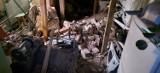 Katastrofa budowlana w Kaliszu. W jednej z kamienic na ulicy Stawiszyńskiej zawalił się strop. ZDJĘCIA