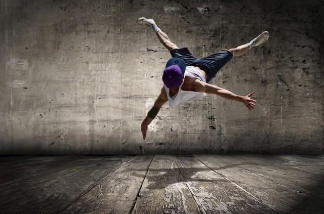 Catch The Flava to obozy taneczne, które odbywają się od 2012 roku. Dzięki nim każdego lata w środkowej Europie powstaje nasze Hip Hop'owe miasto! Także Ty możesz do niego dołączyć.   Kiedy: 22-27 lipca 2018