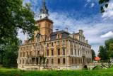 Weekend na Dolnym Śląsku. Odwiedź zamek w Roztoce koło Jawora i zachwyć się jego historią! Niezwykłe wnętrza pałacowe i ogród [ZDJĘCIA]