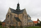 Podzielono pieniądze na renowacje zabytków w Łódzkiem. Wśród beneficjentów parafie, harcerze i miłośnicy kolei