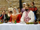 Jak wyglądał ślub króla Władysława Jagiełły w Sanoku? Muzeum Historyczne zrealizowało kolejny film [WIDEO]