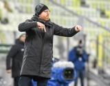 """Wisła Kraków. Trener Lechii Gdańsk Piotr Stokowiec zaskoczył na konferencji przed meczem z """"Białą Gwiazdą"""""""