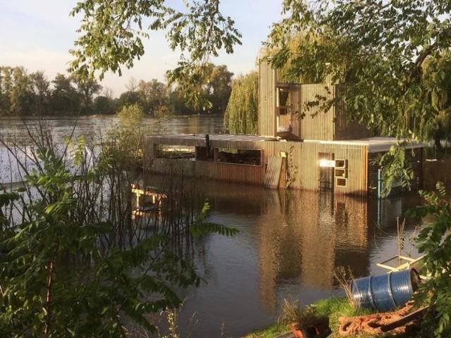 Tak wyglądała pod koniec października zalana przez Odrę Przystań Tu w Cigacicach. Czas ją odbudować po zniszczeniach...