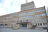 Szpital w Brzesku zawiesza oddział dla chorych na COVID-19. W szpitalu Szczeklika w Tarnowie ograniczono liczbę łóżek na oddziale covidowym