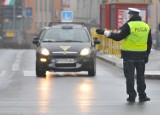 Lubuscy policjanci przynoszą zwolnienia lekarskie L4. W Gorzowie brakuje funkcjonariuszy do pracy w drogówce