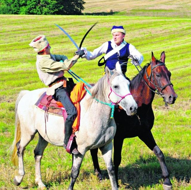 W sierpniu tereny wokół muzeum w Będominie stają się jednym, wielkim polem bitwy