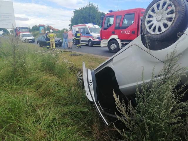 W weekend doszło do pożaru prasy rolniczej oraz dwóch zderzeń aut osobowych
