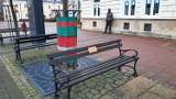 Janusz Szuber, sanocki poeta, ma swoją ławeczkę [ZDJĘCIA]