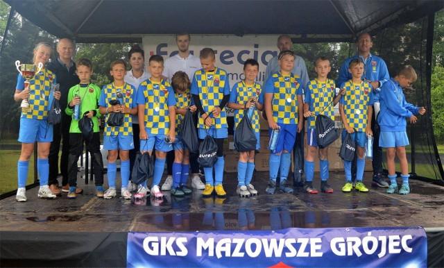 W turnieju 10-latków najlepsi okazali się młodzi futboliści Mazowsza Grójec.