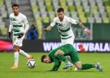 Rafał Pietrzak, piłkarz Lechii Gdańsk: Drużyna strzela gole i można robić kołyski. Chłopacy mogą się starać