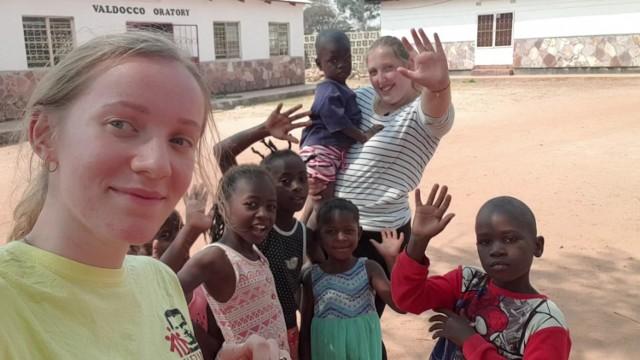 Po półrocznych misjach w Zambii wróciły do Polski - Magdalena Kukla i Weronika Lis. Obie działają w Oratorium św. Jana Bosko w Oświęcimiu
