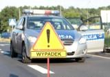Wypadek na drodze krajowej nr 18 w powiecie żarskim. Zderzyły się samochód osobowy i ciężarowy