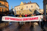 Tarnów. Marsz o Wolność przeszedł ulicami Tarnowa. Manifestujący domagali się odwołania pandemii koronawirusa  [ZDJĘCIA]