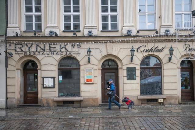Wciąż zmieniające się obostrzenia doprowadziły do zamknięcia niektórych lokali gastronomicznych. Pozostałe nadal próbują walczyć o przetrwanie, jednak, jak mówią ich właściciele, wciąż nie wiadomo, jak długo będzie trwała obecna sytuacja.