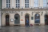 """Poznańscy restauratorzy robią co mogą, by się nie zamknąć. Są w coraz bardziej dramatycznej sytuacji. """"Utarg spadł o 99 procent"""""""