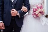 Jak wyglądają śluby w czasie pandemii koronawirusa? Przedstawiciele branży nie narzekają na brak pracy