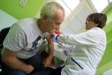 Koronawirus Radomsko. Nowe zakażenia i kolejne zgony. Już ponad 20 tys. szczepień w powiecie [15.04]