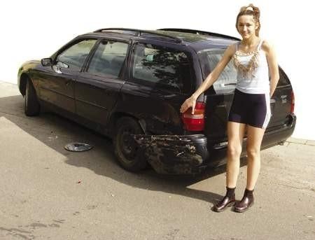 Katarzyna Urbańczyk pomogła w ujęciu sprawcy uderzenia w tego forda.