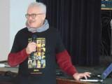 Krzysztof Deszczyński odwiedził Gminne Centrum Kultury w Dobrzycy. Podróżnik opowiedział o swoich wizytach w Birmie w latach 2010-13