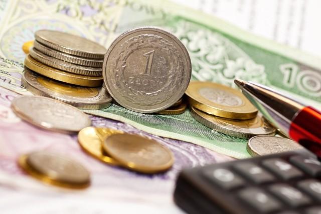 Zakup mieszkania, domu czy działki to dla wielu osób sposób na zabezpieczenie oszczędności przed inflacją.