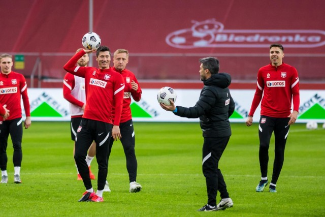 Trener Sousa ogłosił kadrę reprezentacji Polski na Euro 2021. To oni przyjadą na zgrupowanie do Opalenicy ---->