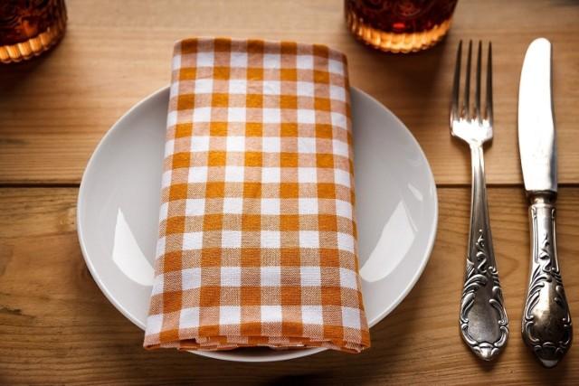 Które miejsca w Krakowie oferują bezglutenowe posiłki?