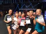 Młode tancerki z FUKS i CODA z Konińskiego Dom Kultury na podium,podczas  V Ogólnopolskich Mistrzostwach w tańcu nowoczesnym Mark'n'Move