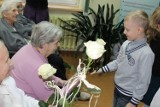 Dzień Babci i Dziadka w Zabrzu. Dzieci czytały bajki seniorom