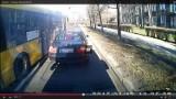Katowice: Nerwowy kierowca autobusu pluje na bmw? [WIDEO]