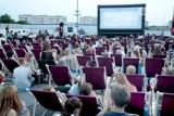 """Lato z """"Kinem na Leżakach"""" w Szczecinie. Jakie filmy i gdzie obejrzymy?"""