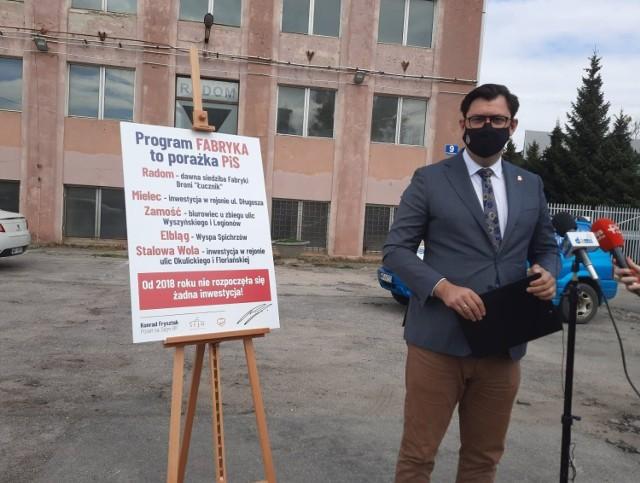 - Agencja Rozwoju Przemysłu wykonuje działania pozorne, oszukuje mieszkańców – powiedział Konrad Frysztak.