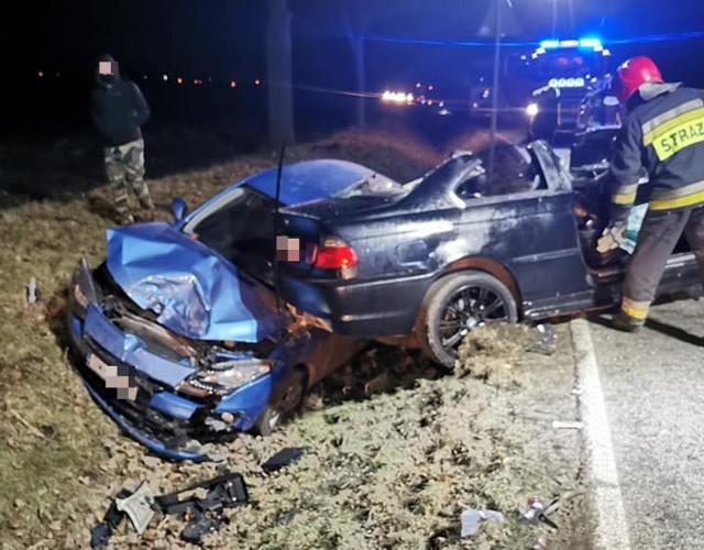 Koszmarny wypadek BMW na drodze Wrocław - Strzelin