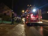 Pożar w Smolnie: przy ul. Puckiej zapaliły się sadze w kominie. Strażacy uporali się z całą misją gaśniczą w zaledwie godzinę   ZDJĘCIA