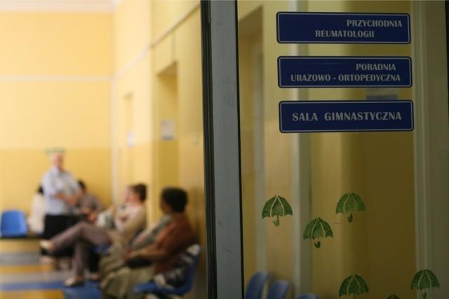 W przypadku chirurgów dziecięcych czas oczekiwania na wizytę wynosi średnio 3 dni.