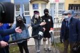 Pikieta solidarnościowa z zatrzymanym na starówce w czasie protestu