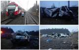 Wypadek kolejowy w Garbach. Kierowca zginął na miejscu [ZDJĘCIA KU PRZESTRODZE]