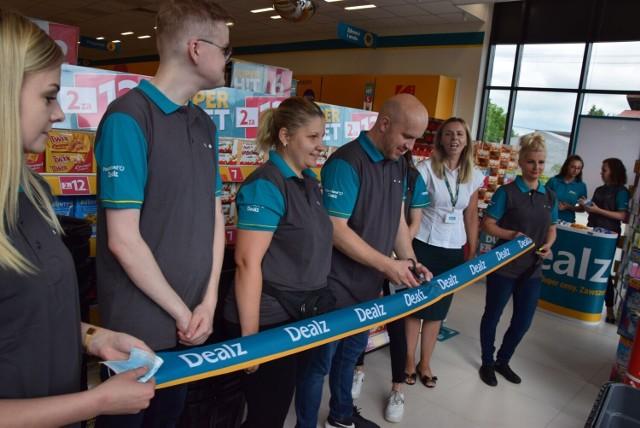 Sklep firmy Dealz będzie w Focus Mall w Piotrkowie. Wielkie otwarcie już w piątek, 6 sierpnia. Sklepy tej marki znajdują się m.in. w Radomsku czy Wieluniu