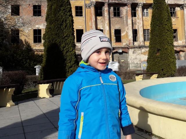 Marcel z Żar ma pięć lat, z powodu niedotlenienia okołoporodowego, dziś wymaga rehabilitacji. Można mu pomóc.