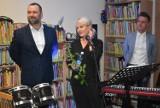 Piosenki, do których teksty napisała Agnieszka Osiecka wybrzmiały w ramach Nocy Bibliotek. Utwory przypomniała Agnieszka Dulęba-Kasza
