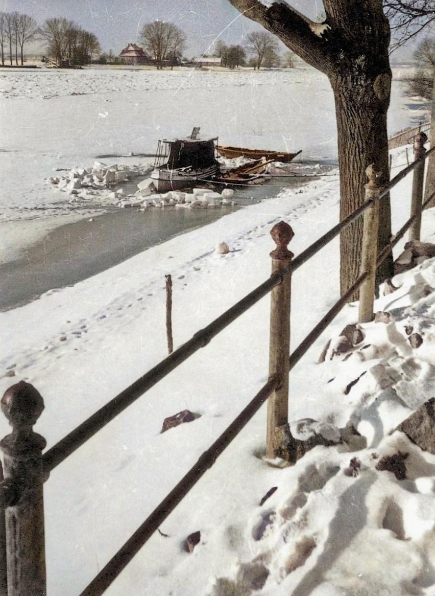 Zimowy poranek, widok z dzisiejszej ulicy Nadodrzańskiej...