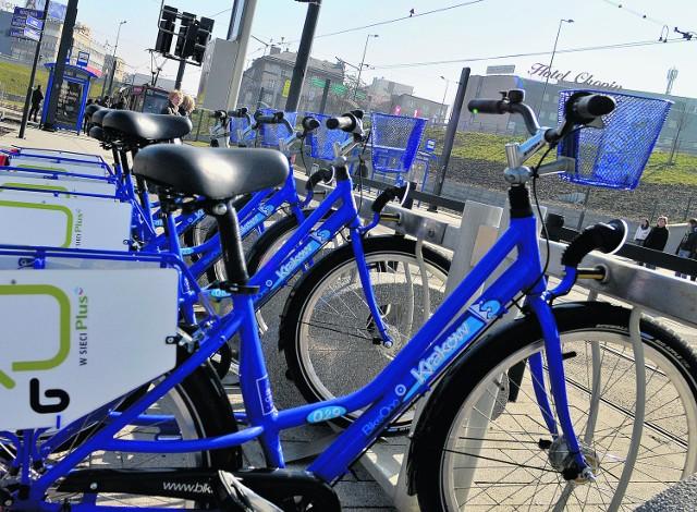 W 16 stacjach wypożyczalni będzie 100 rowerów